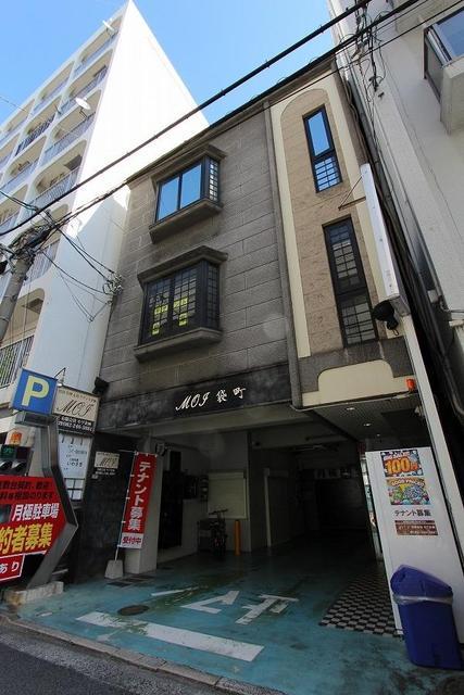 広島市中区袋町の駐車場の外観図
