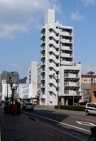 呉市中通1丁目の賃貸マンションの全景